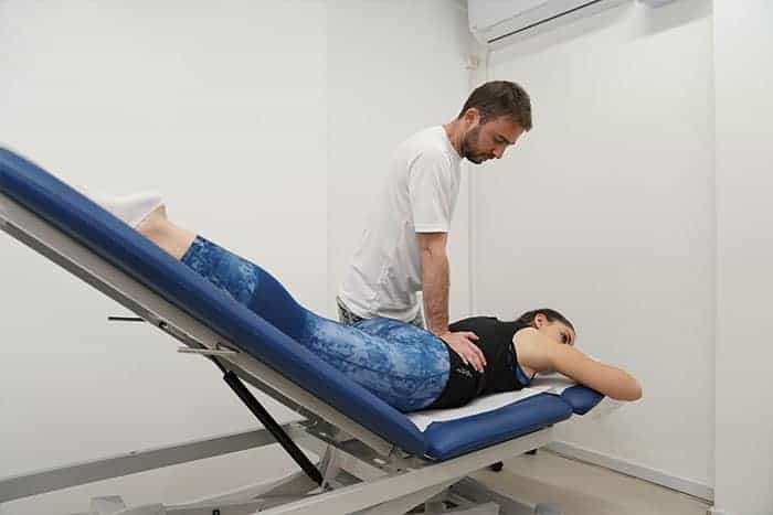 שיטת מקנזי לטיפול בכאבי גב תחתון ופריצות דיסק